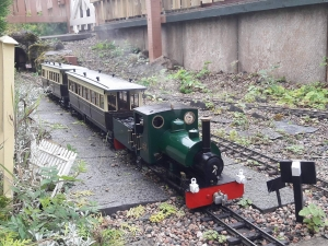 Roundhouse Bertie outdoors with Freelance Lamps